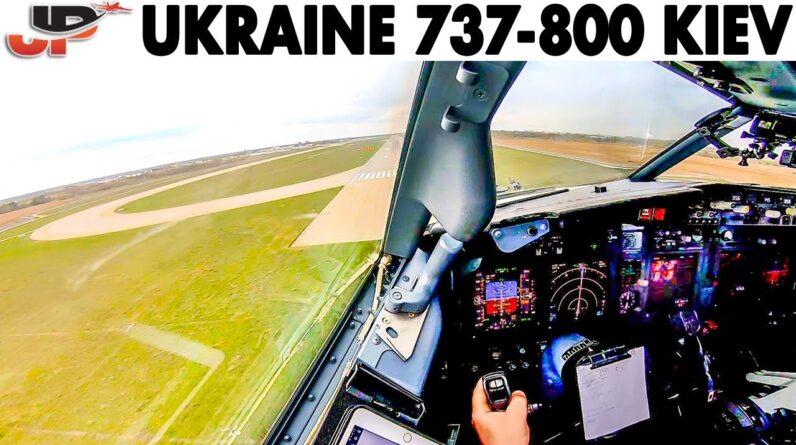 Boeing 737-800 Approach & Landing at Kiev🇺🇦 + Pilotsview